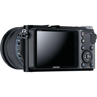 Samsung NX200 Kit inklusive 18-55 mm F3.5.6 OIS II schwarz